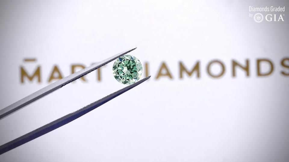Diament naturalny - brylant -0.55ct  Fancy Intense Bluish Green / VS1