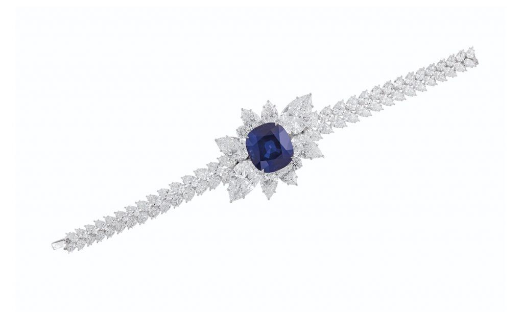 Christie's Wyjątkowa bransolet / broszka z cudownej urody szafirem i diamentami (fot. via Christie's)