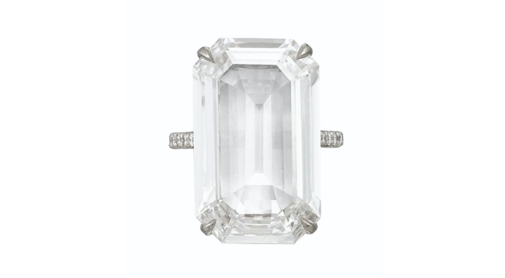 Pierścionek z diamentem 14.50ct D/IF  (via Christie's