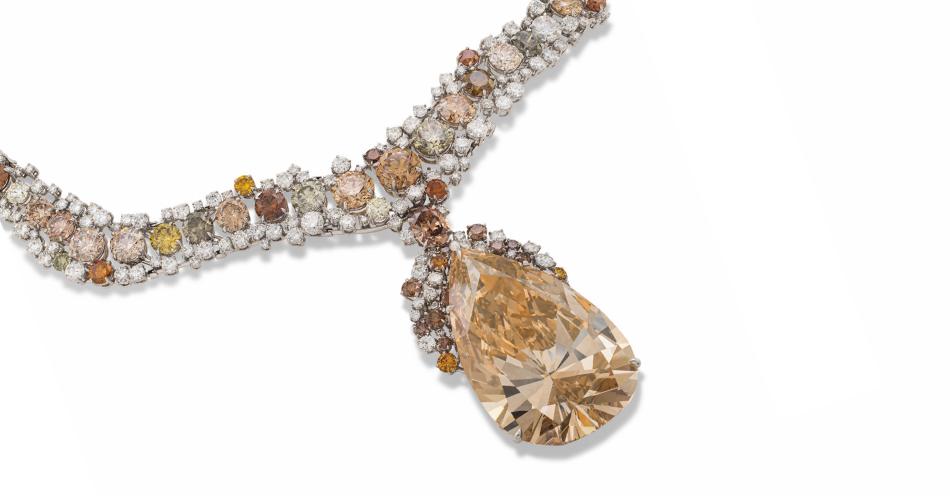 Aukcja Christie's Naszyjnik z brązowo-żółtym diamentem o masie 141.22ct